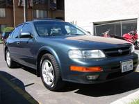 Photo of a 1997 Nissan Maxima SE